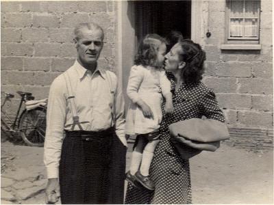 AdolfHoehnCaecilieHoehnHildeFalaheyam1953